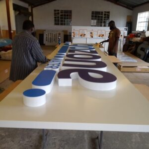 3D Fabricated Signs - brandexper